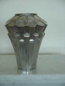 ART DECO GEOMETRIC VASE