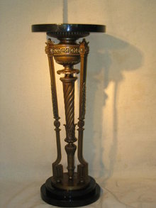 English Style Pedestal