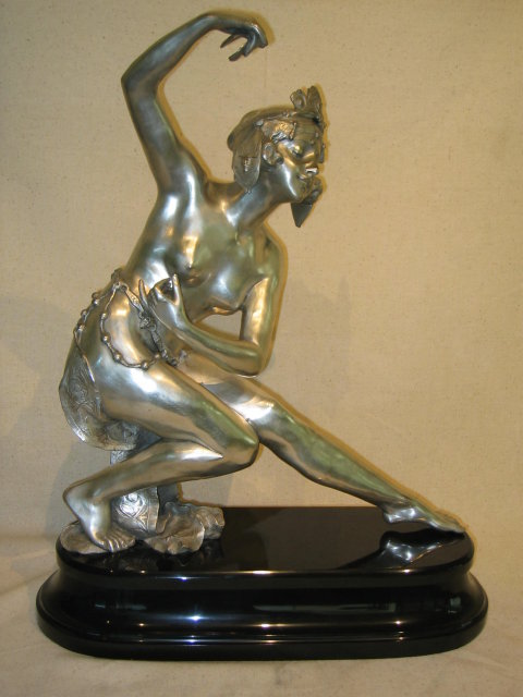 Lg Bronze Girl w/Castenetts In A Dancing Pose