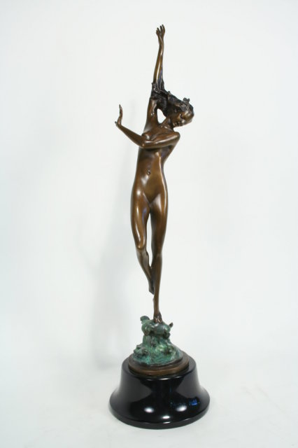 Art Deco Figurine