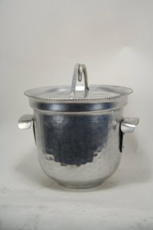 Hand Hammard Ice Bucket