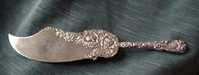 Chrysanthemum Durgin Ice Cream Knife sterling