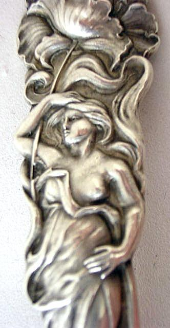 Raphael Alvin Cream Ladle Poppy figural woman