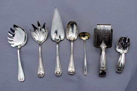 Colonial Tiffany Vegetable Fork Sterling silver