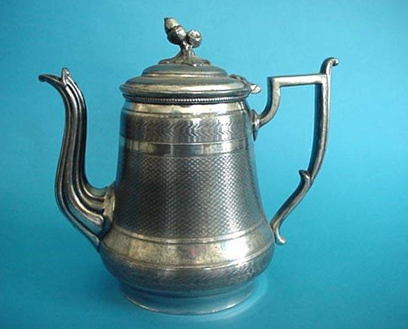 Teapot silverplate Acorn  finial