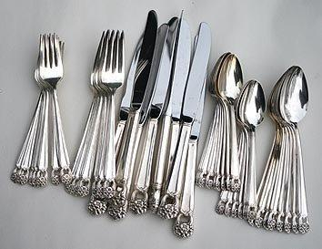 Eternally Yours silverware Set for 8 with