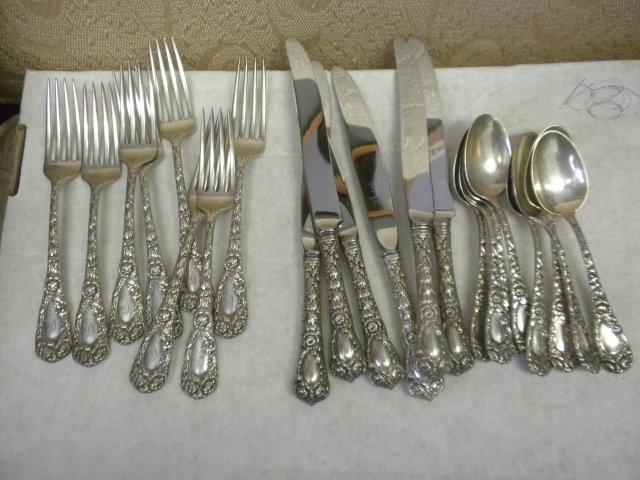 Chrysanthemum Durgin sterling silver 8 forks, 6 knives 8 tsp