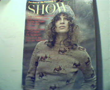 Show-8/71-Julie Christie,Pablo Picasso,D.Hoff