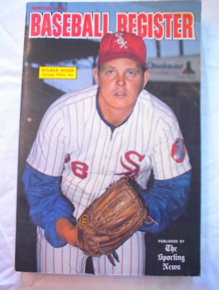 1973 BASEBALL REGISTER WILBUR WOOD ON COVER