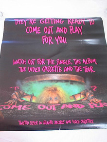 TWISTED SISTER COME OUT AND PLAY ALBUM POSTER