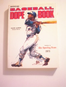 1973 Baseball Dope Book,HANK AARON cover