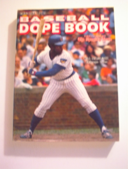 1976 Baseball Dope Book,BILL MADLOCK cover