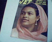 JET-10/30/75-Ali's Wife, Hosea Williams,LRaw