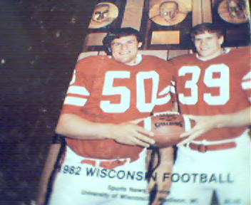 Wisconsin Football Guide from 1982!