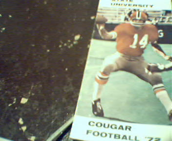 Washington Cougar Football Guide from 1972