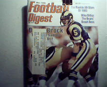 Football Digest-3/86 Boomer Esiason,John Elway!