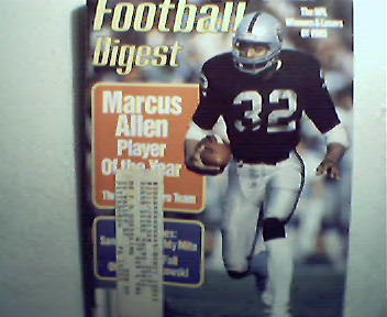 Football Digest-4/86 Marcus Allen,L.James,D.Bickett!
