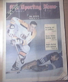 The Sporting News 2/20/1971 The Great Phil Esposito Cov