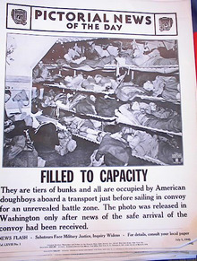 AMERICAN DOUGHBOYS IN BUNKS PHOTO 4-1-42