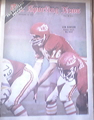 The Sporting News 9/16/1972 Kansas City's Len Dawson