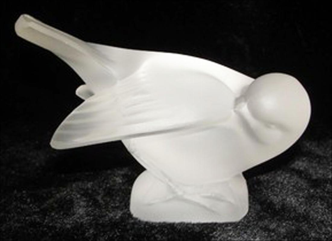 LALIQUE FRANCE SPARROW FROSTED CRYSTAL SCULPTURE PAPERWEIGHT SIGNED