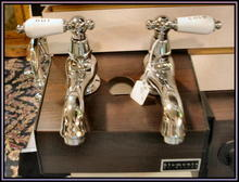 Wide Spread Bathroom Sink Faucet