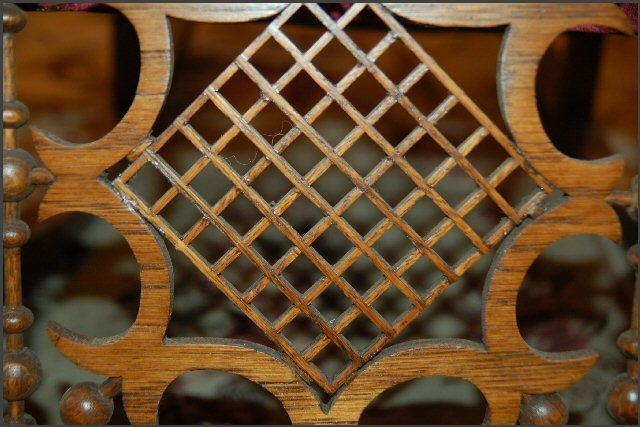 Oak Fretwork with Square Center