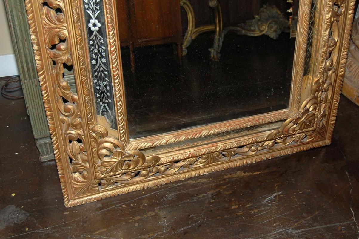Italian Giltwood Mirror