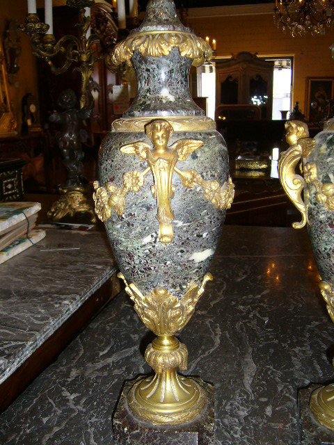 Marble and Bronze Cassollettes