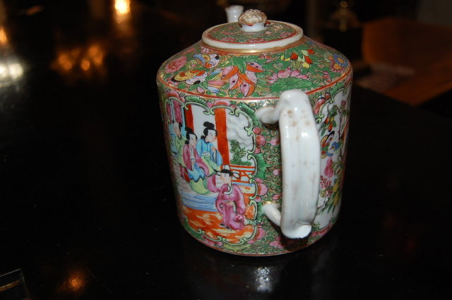 Chinese Rose Medallion Teapot