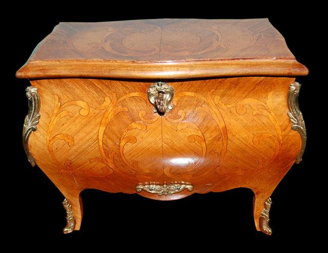 Rare French Kingwood Inlaid Jewelry Box