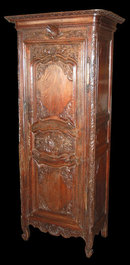 Early 19th Century Carved Oak Panetiere