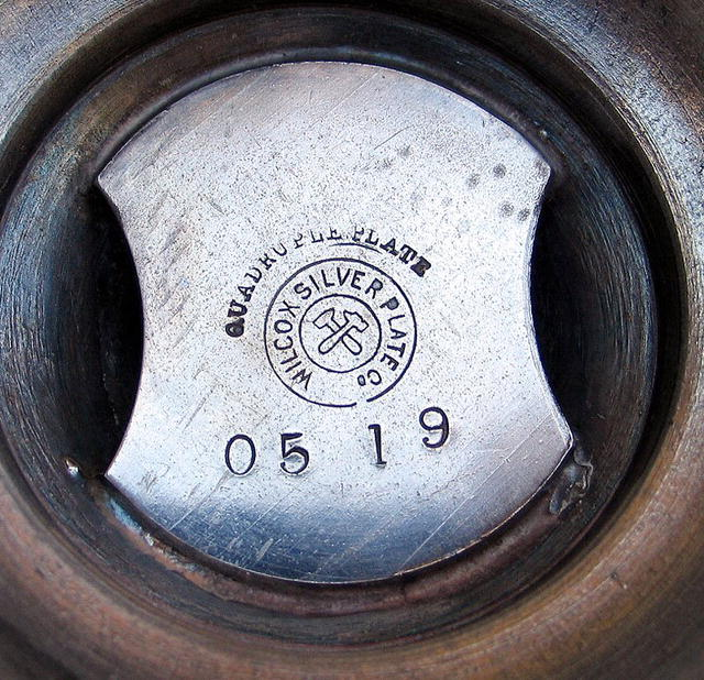 WILCOX SILVER PLATE 6 CRUET CASTOR SET W/ SERVANTS BELL
