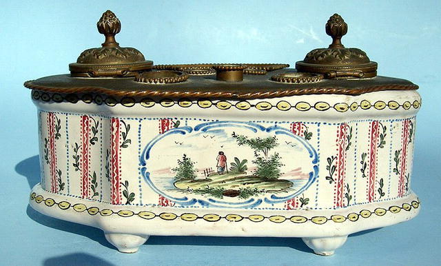 Great 17/18th Century Majolica Inkwell French Very Cool