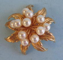 VERY HEAVY 14K GOLD PIN WITH NICE PEARLS QUALITY