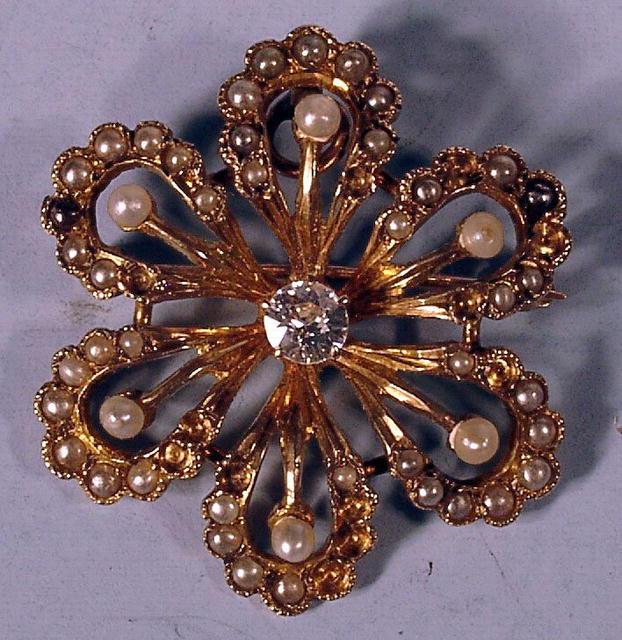 14K STARBURST SEED PEARL AND 1/4 CARAT DIAMOND PIN