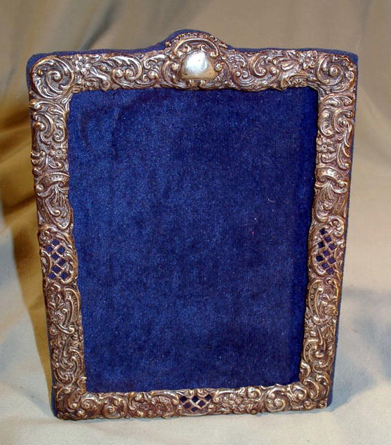 ENGLISH STERLING PICTURE FRAME MARK 1900 NICE