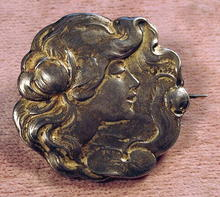 GREAT ART NOUVEAU 800 SILVER PIN W/WOMAN AND LILIES
