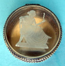 BEAUTIFUL INTAGLIO CARVED STERLING PILL BOX VICTORIAN