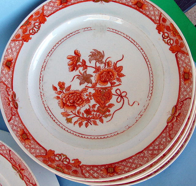 CHINESE EXPORT PLATES (7) ORANGE WITH BUTTERFLIES NICE