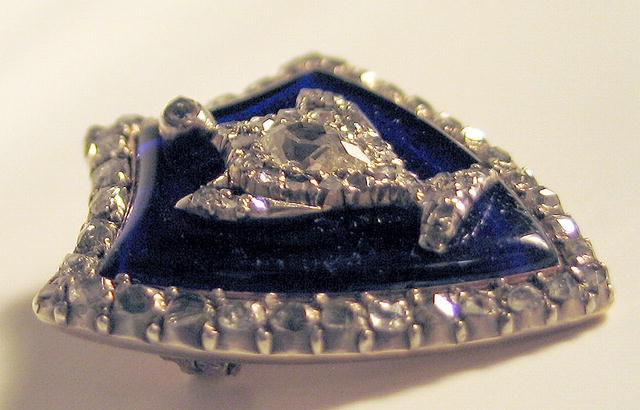 GEORGIAN VERRE EGLOMISE BROOCH 70 DIAMONDS 2+ CARATS