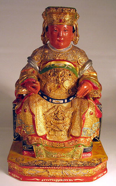 CHINESE CARVED WOOD FIGURE OF EMPEROR ON THRONE QING