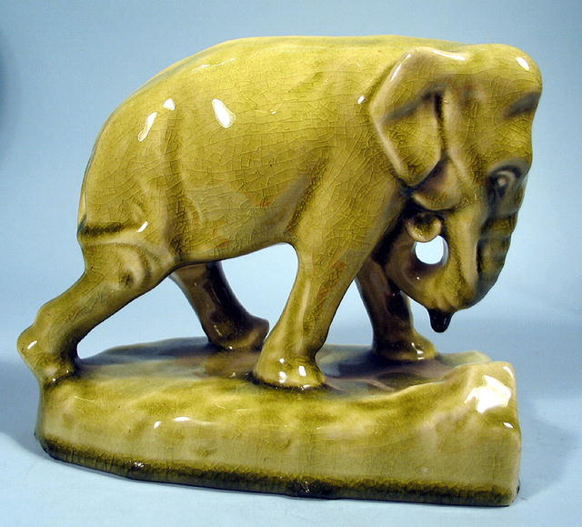ROOKWOOD 2444D ELEPHANT BOOKEND GREEN GLAZE 1945 NICE
