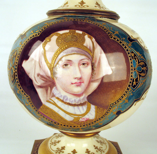 MUSEUM QUALITY IMPERIAL RUSSIAN ENAMEL ON PORCELAIN VASE ANTIQUE WOMAN WITH KOKOSHNIK