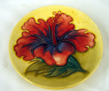 Fine Moorcroft pin tray plate Hibiscus pattern yellow ground