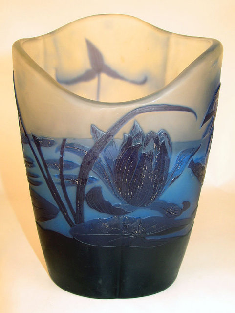 ORIGINAL ANTIQUE GALLE CAMEO GLASS VASE UNUSUAL FORM 3 COLOR