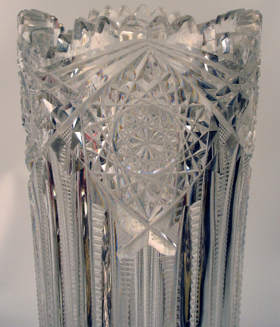 HIGH QUALITY SIGNED J HOARE TALL FLOWER VASE AMERICAN BRILLIANT  CUT GLASS