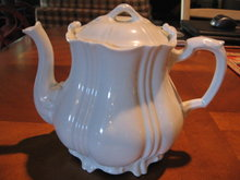 Haviland Limoges White Tea Pot w/lid