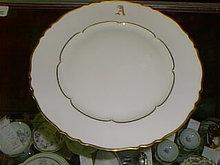 Haviland Limoges dinner plate, Sheraton pattern