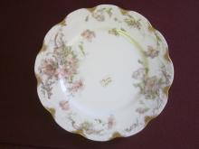 Haviland Limoges dinner plate Schleiger 226A variation